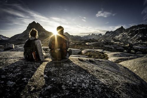 summer landscape hiking arctic adventure commercial greenland inuit eastgreenland ammassalik greenlander sermersooq visitgreenland bymadspihl pioneeringpeople destinationeastgreenland limitedcommerciallicense begrænsetkommerciellicens