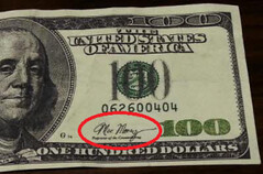 Moe Money signature on counterfeit note