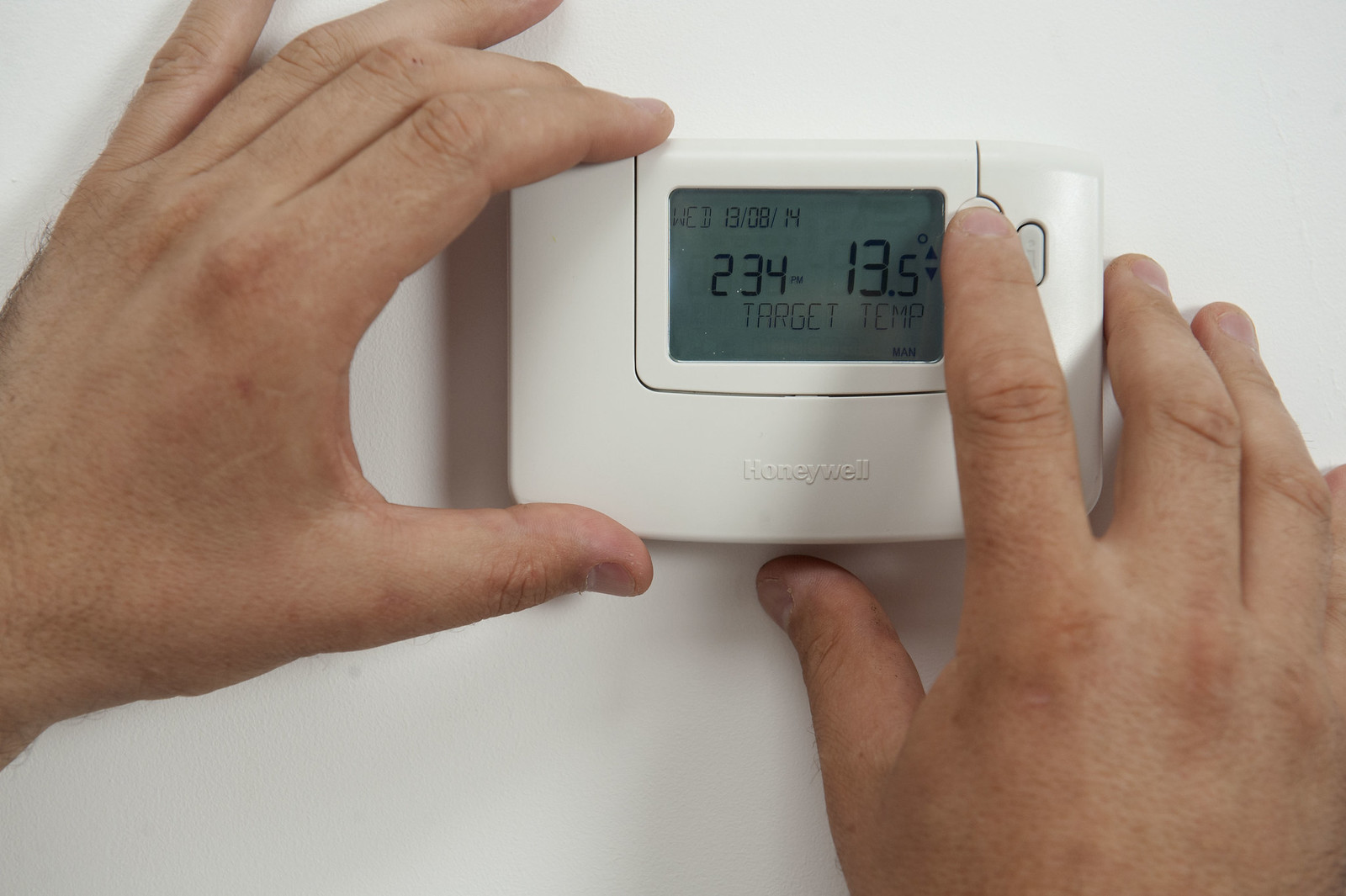 Thermostat home