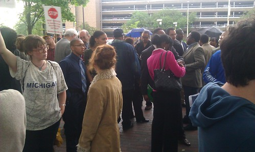 Hundreds gather outside of the Wayne State University Law School in Detroit on June 10, 2013 to demonstrate against Emergency Manager Kevyn Orr. People in Detroit have rejected bank-imposed austerity. (Photo: Abayomi Azikiwe) by Pan-African News Wire File Photos