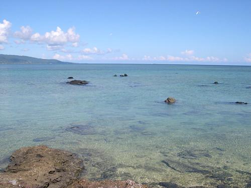 ごつごつ岩の浜2