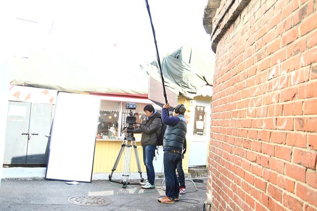 街拍电影街边拍摄