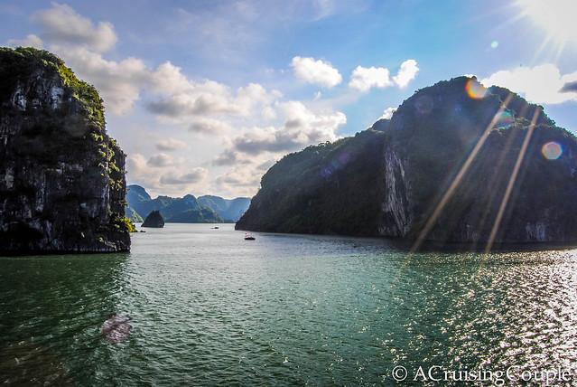 Halong Bay Vietnam Sunny Day