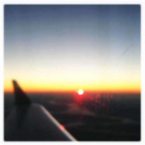 plane sunrise blurry blurred hipstamatic