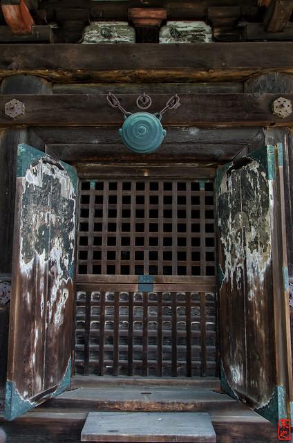 「扉」 法観寺 - 京都