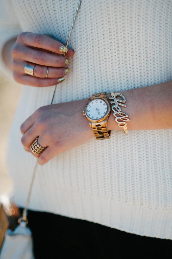 gold glitter nail polish, hello bracelet forever 21, chunky knit sweater