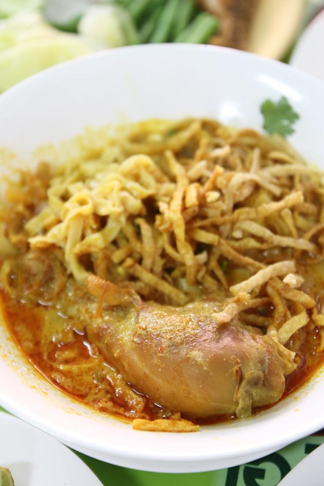 Khao soy (ข้าวซอย) in Bangkok
