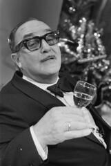 Sjef van Oekel opnamen voor kerstmis 1974 / Sjef van Oekel, shooting for Christmas 1974
