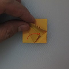 วิธีพับกระดาษเป็นดอกทิวลิป 012