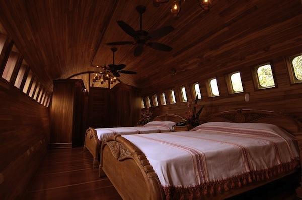 jet-hotel-003