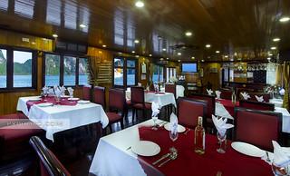 Restaurant - Golden Lotus Cruise
