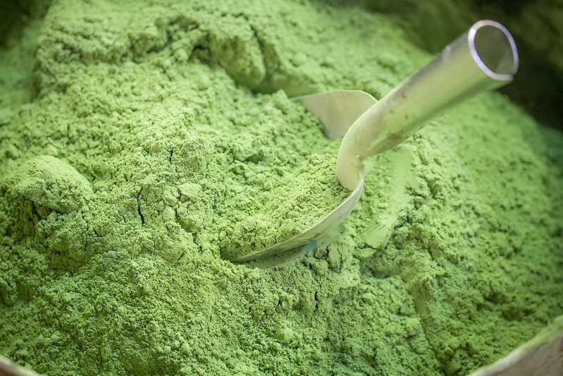 Green powder - Spice Bazaar in Istanbul
