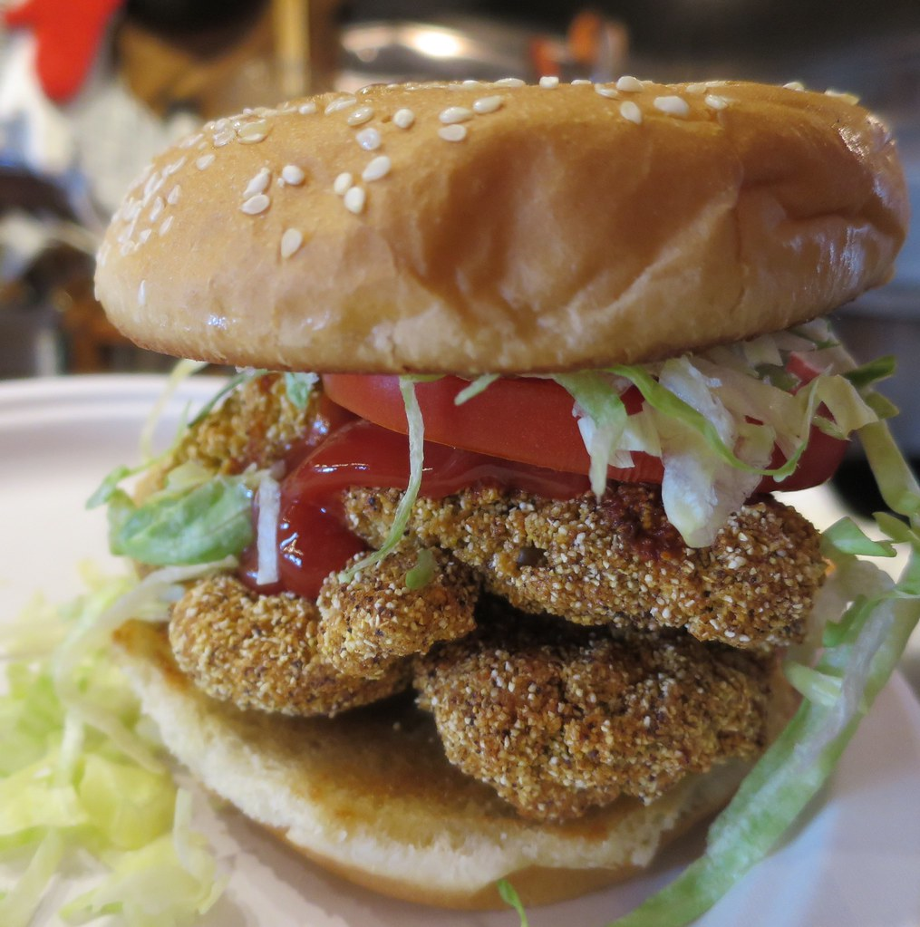 Champagne Bay Oyster, Camp Style Oyster Sandwich