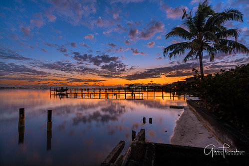 sony a7r2 sonya7r2 ilce7rm2 zeissfe1635mmf4zaoss fx fullframe scenic landscape waterscape nature outdoors sky clouds colors shadows silhouettes reflections sunrise stuart florida southeastflorida martincounty