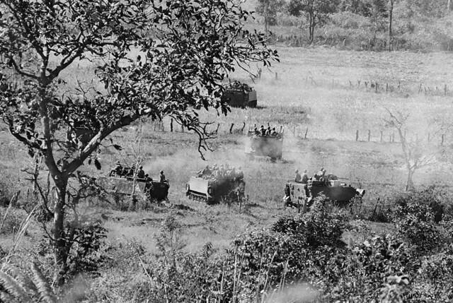 Vietnam War 1972 - Photo by A. Abbas - Near Kontum