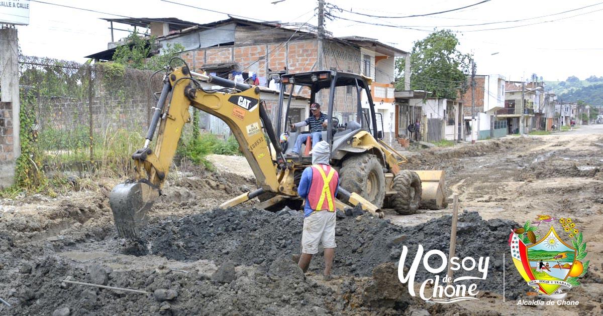 Reanudaron los trabajos para terminar la calle 24 de Mayo en Chone