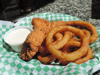 Chicken Strip Basket With Onion Rings