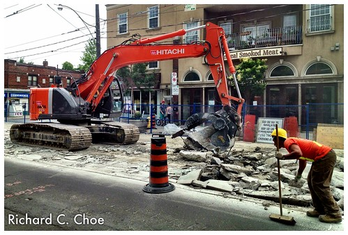Construction on Kingston Road 1 (2013, 6.27) by rchoephoto