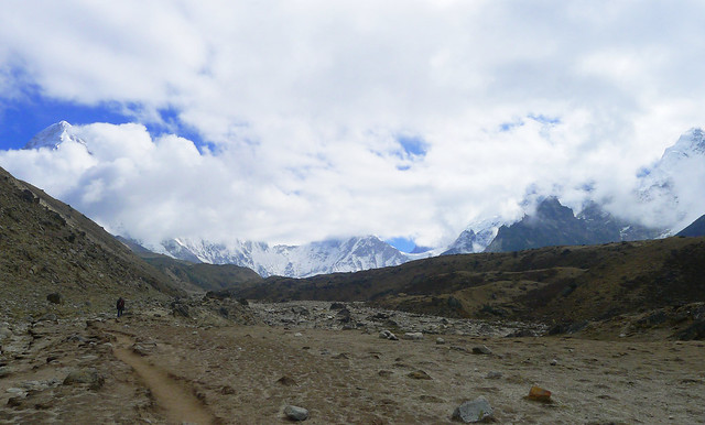 Everest Base Camp trek: the road out of Lobuche