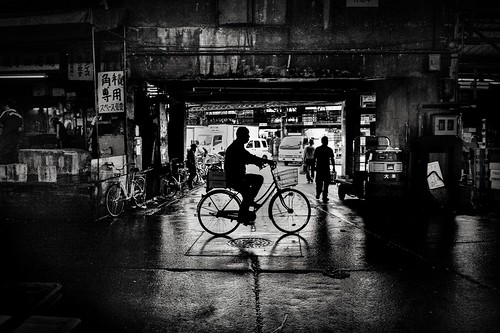 Tsukiji Man on his bike by Gavin Mills Photography