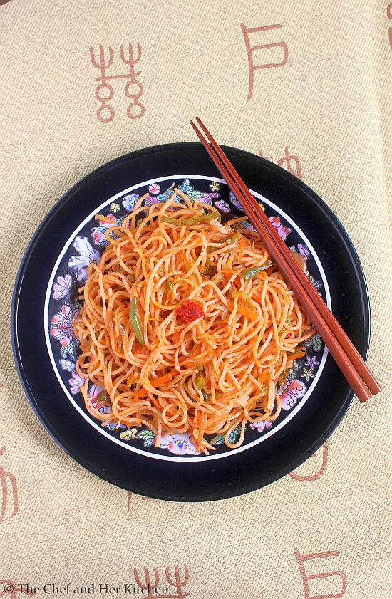 chinese schezwan veg noodles