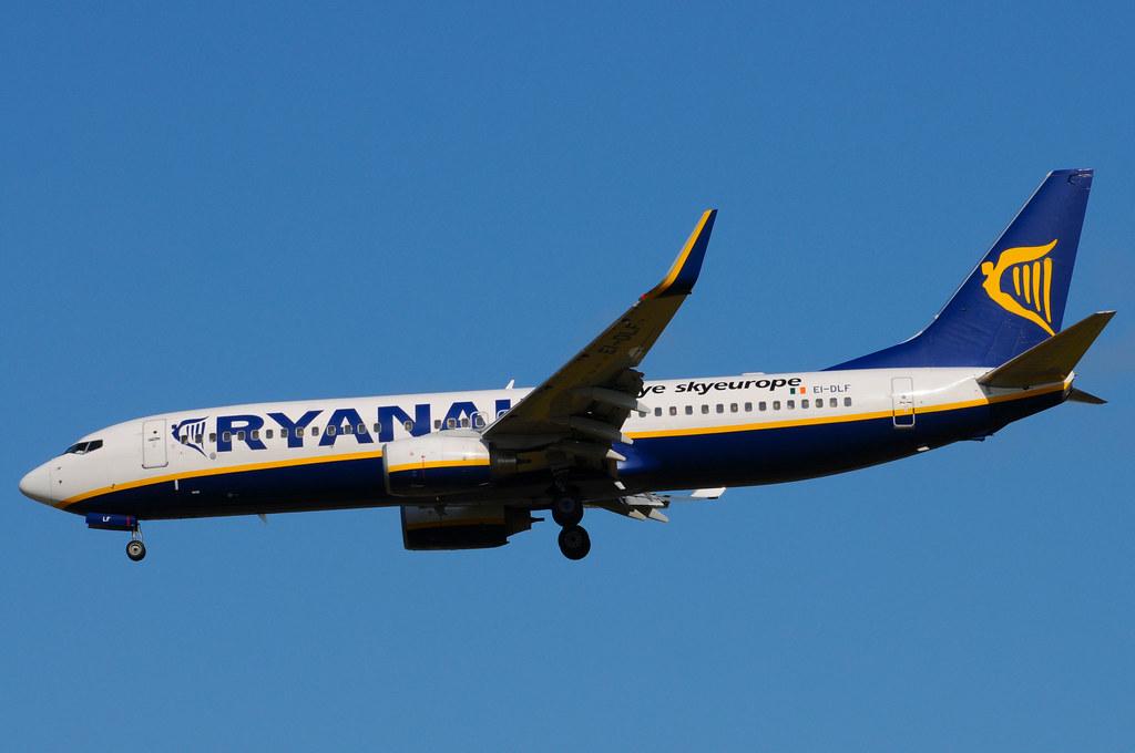 EI-DLF - B738 - Ryanair