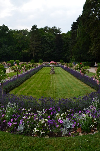 Chateau de Chenonceau perfect flower garden
