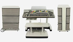 furniture(0.0), machine(1.0), multimedia(1.0), electronic instrument(1.0),