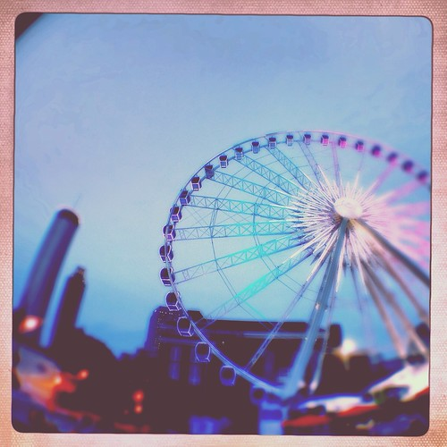 Ferris Wheel (294/365) by elawgrrl