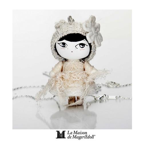 Mageritdoll: Little Vintage Mouse (Resin Art Doll Jewelry - Joyas de Muñeca. Muñeca artística resina) by La Maison de Mageritdoll