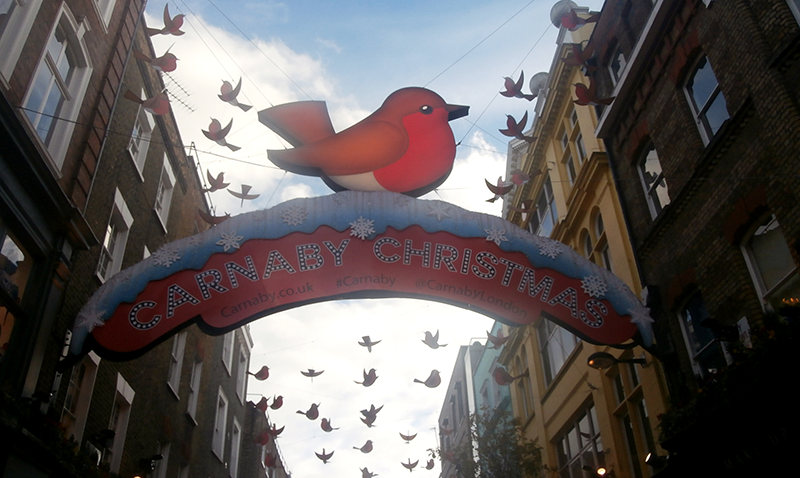 Carnaby-Street-Robin-decorations