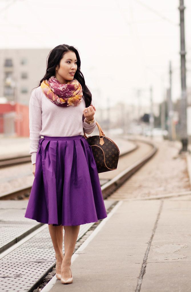 7 Tasteful Ways to Wear Midi Skirts this Summer