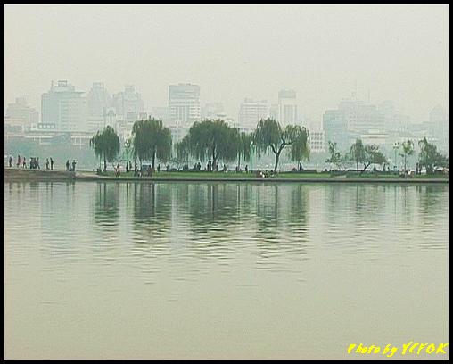 杭州 西湖 (其他景點) - 663 (從北山路湖畔望向西湖十景之 蘇堤)