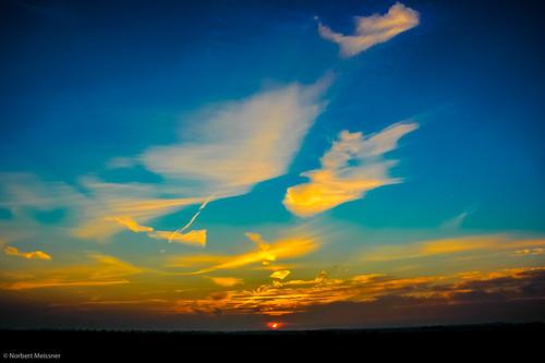 sunset germany deutschland sonnenuntergang nikond70 worpswede nationalgeographic norddeutschland niedersachsen lowersaxony northerngermany neuhelgoland