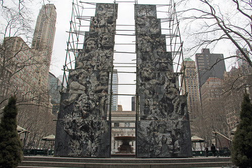 "Picture Take Of An Exhibit Called ""Analogia"" In Bryant Park In New York City. It Was Up From February 27, 2014 And Will Be Taken Down On March 28, 2014. Analogia, Is A Large Scale Art Installation By Native New York Artist Ben Tritt, Who Is Using 1.5 Mile"