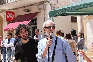 A sinistra, Claudio Riccio con 'Tsipras, l'Altra Europa'