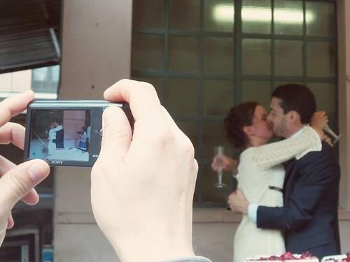 La foto del bacio degli sposi by Ylbert Durishti