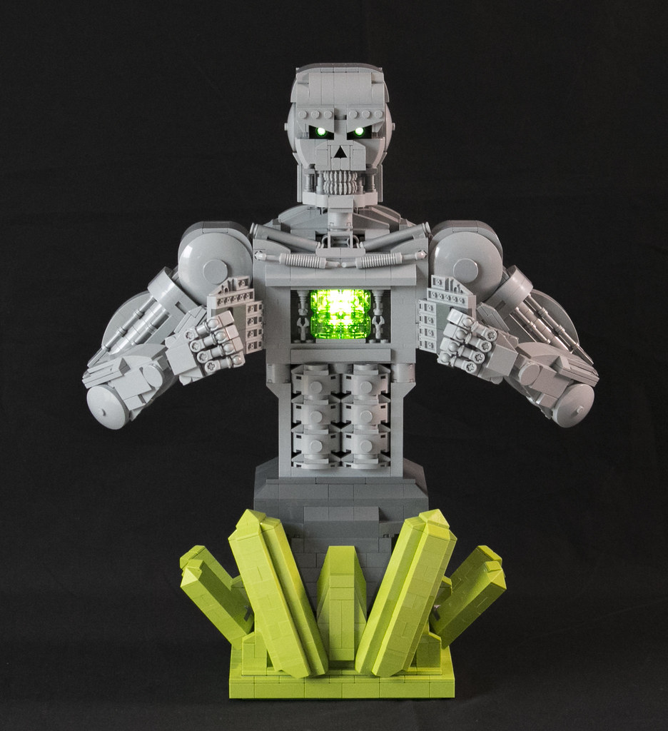Metallo_front_chest_open (custom built Lego model)