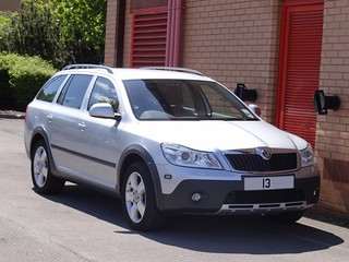South Yorkshire Fire & Rescue Service Unmarked Skoda Octavia Scout Group Managers Car