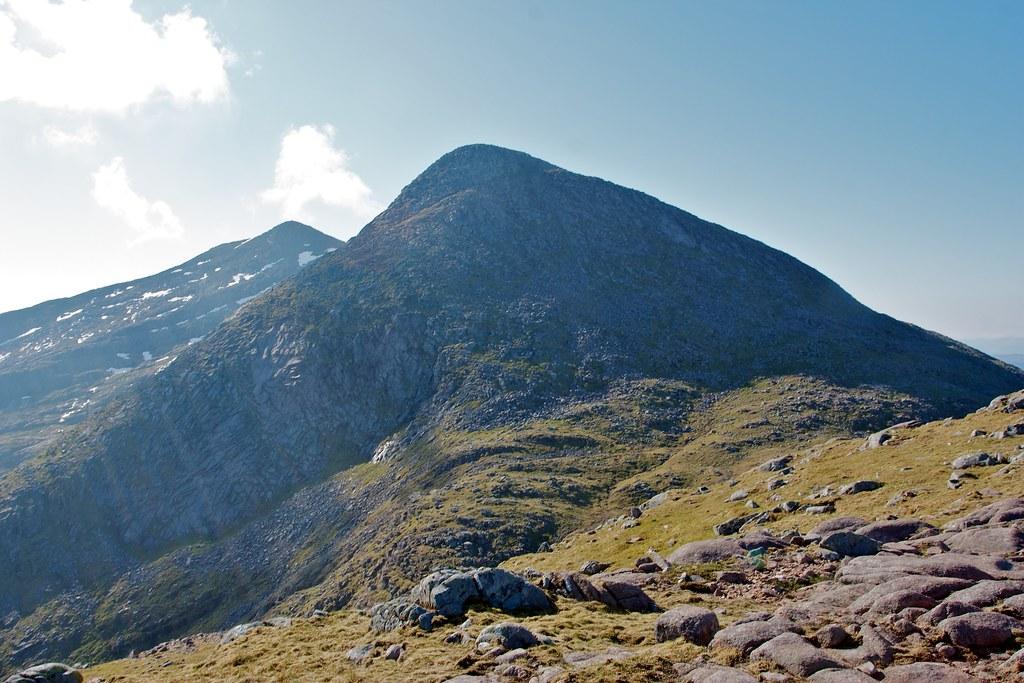 Approaching Taynuilt Peak