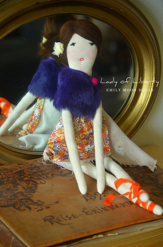 "Lady of Liberty  21"" Rag Doll"