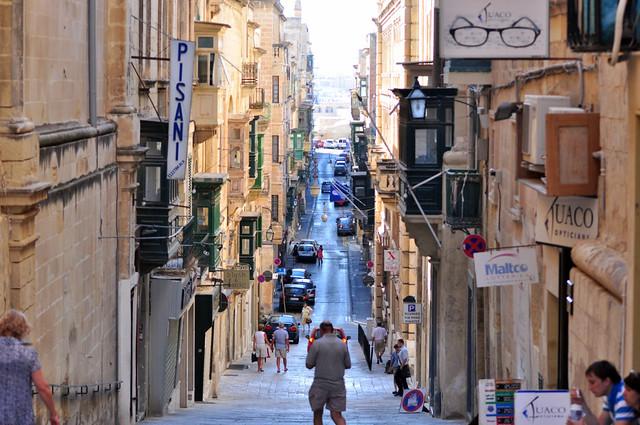 Las empinadas calles de La Valeta, un paseo por la historia