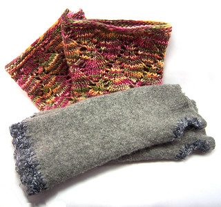 Cowl and Wrist Warmers by Deni Dantis