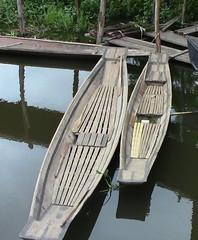 Kaungdain Market canoes