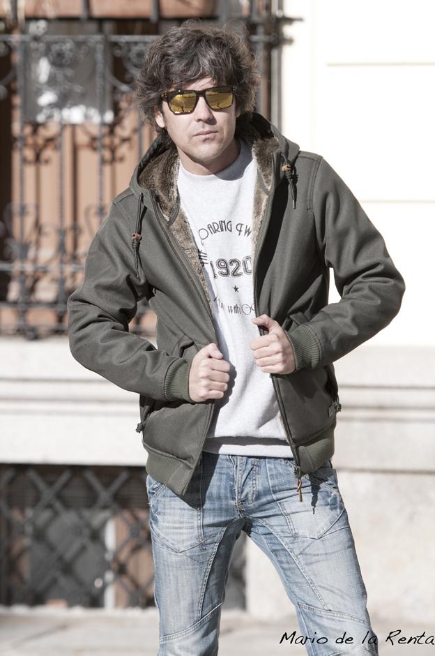 green jacket 02