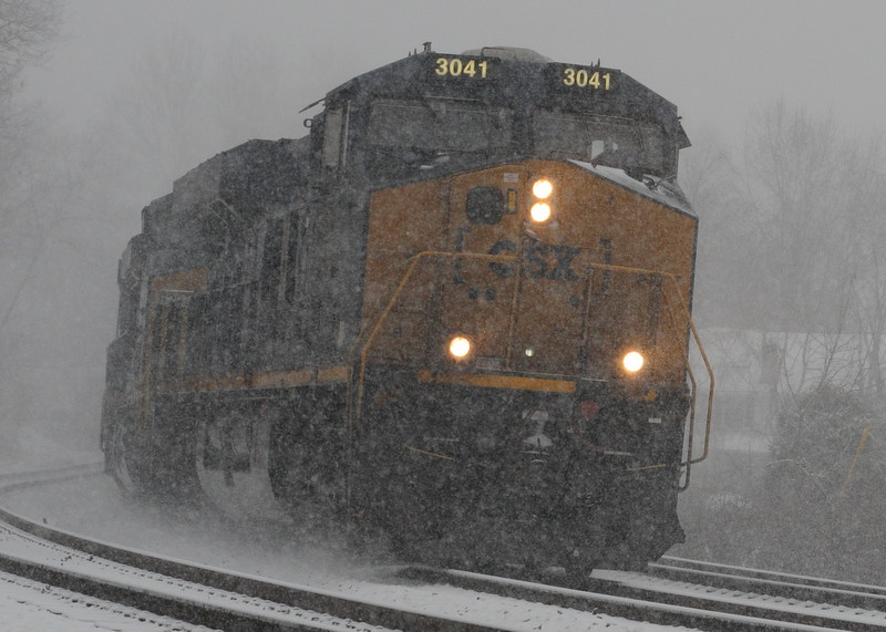 CSX 3041 on a snowy day in Relay MD.