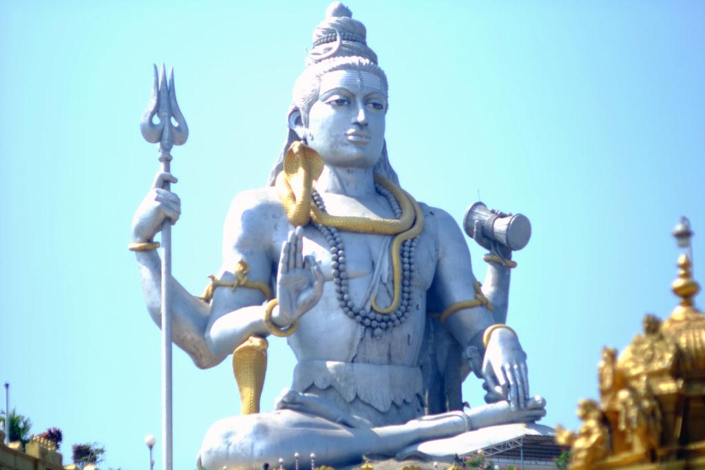 The incredible Murudeshwara statue