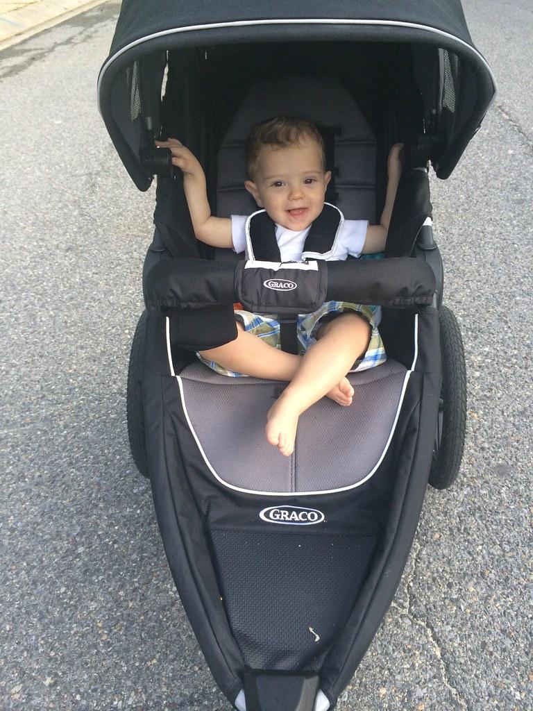 graco jogging stroller
