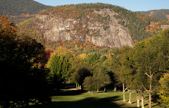 Cathedral Ledge at sunrise in the Autumn