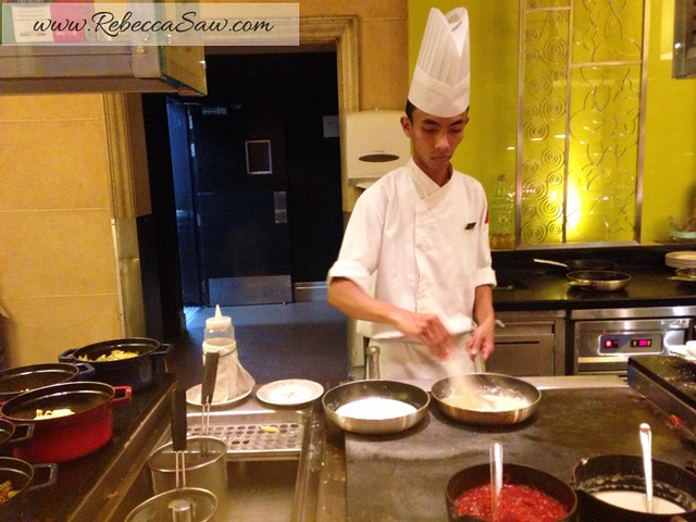 salad - latest recipe buffet - le meridien-002